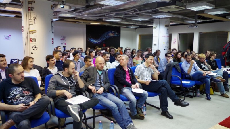 Startup-urile tech isi pot prezenta produsele la TechHub Bucharest Demo Night