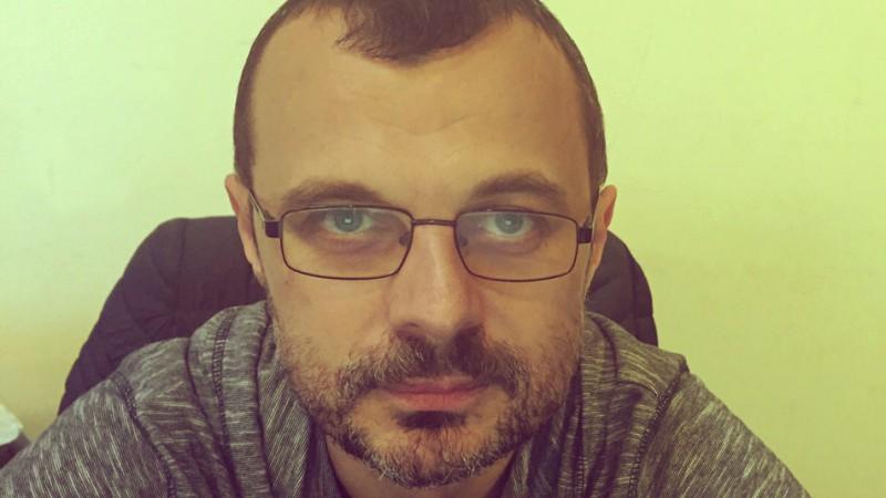 [Cui ii e frica de politica?] Bogdan Costin: Tara asta a ajuns condusa de niste detergenti obisnuiti, din punctul de vedere al comunicarii