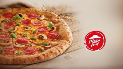 O noua experienta culinara de la Pizza Hut: pizza pe blat multicereale