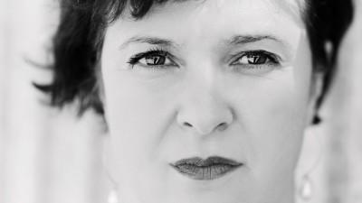 [Ce ne place sa uram] Ruxandra Cesereanu: Haterii sunt produsul defectelor noastre societare si ale colectivitatilor in deriva si in anarhie comunicationala