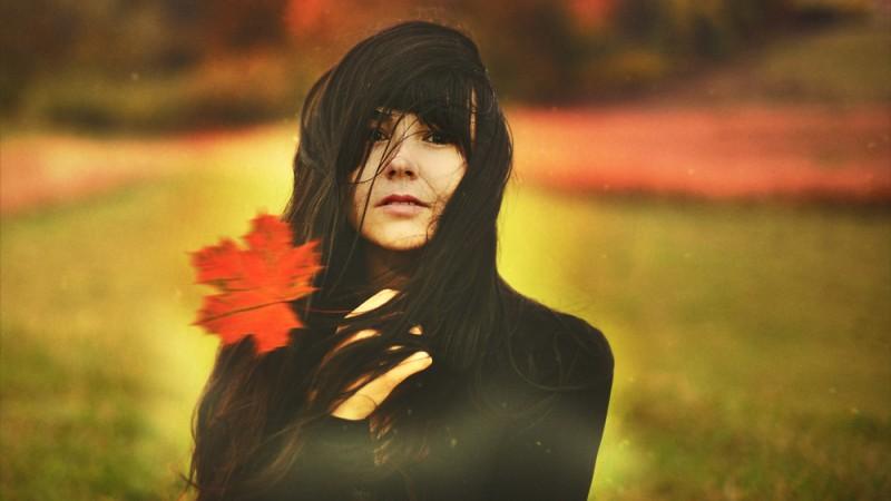 Cristina Venedict: Vreau sa transmit o parte din persoana pe care o fotografiez, o parte de care poate nici ea nu stie ca exista