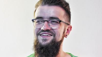 [Cand te cauta ideea] Radu Nantu (Geometry Global): Las mintea sa lucreze si sa scuipe tot ce e la prima mana. Deci primul pas in planul de atac e o scurta pauza. Scuze, CS & trafic :)