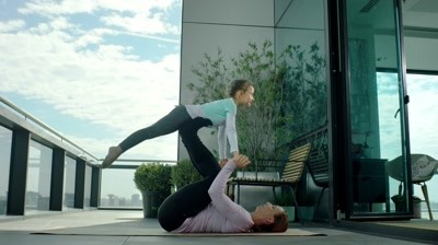 Regina Maria - Yoga