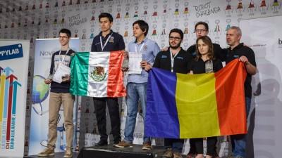 Robotii creati de romani castiga premii. Trei studenti politehnisti, la RobotChallenge Vienna 2016