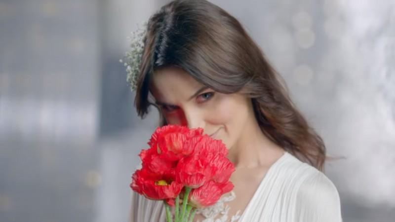 Farmec si MullenLowe dezvaluie secretul frumusetii romancelor. Noua campanie Gerovital Plant promoveaza frumusetea romancelor la nivel de brand national