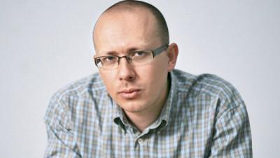 [Mutatia stirilor online] Florin Negrutiu, Republica.ro: Noi, ziaristii din hartie si cearneala, am devenit ziaristi din pixeli. Si am invatat o noua meserie. Ne-am recalificat la locul de munca