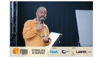 [Conferintele FIBRA] Regizorul Alexandru Maftei, despre constructia unei povesti care atrage atentia consumatorului