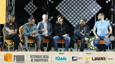 [Serile de Creativitate FIBRA] Sase directori de creatie ADC*RO urcati pe-o scena si vorbind pe bune