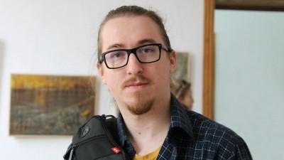 [Dubla Provocare Carrefour: Participantii] Anton Cristea are o camara care face donatiile mai usoare