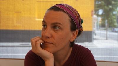 [Publicitatea romaneasca si LGBT-ul] Raluca Feher: Ar trebui sa facem 78 de reclame cu gay. Sa facem luna, trimestrul, anul reclamelor cu gay ca sa se intample cu adevarat ceva