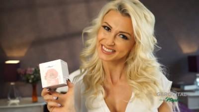 Farmec si Andreea Balan provoaca romancele sa intre in jocul #MACarena