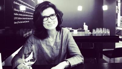 [Viata de expat] Daniela Nedelschi: In Elvetia franceza, publicitatea de baza este informativa, nu neaparat si creativa