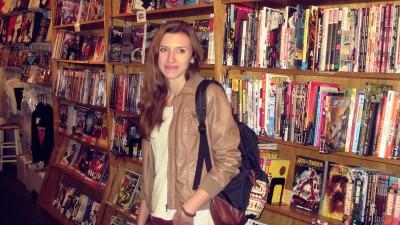 [Cu BD-urile in mana] Xenia Pamfil: Banda desenata este menita sa fie arta comerciala, ea trebuie sa vanda, sa devina populara, dar asta nu inseamna ca este si superficiala