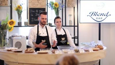 Becel și Golin au invitat consumatorii să experimenteze mixuri unice de uleiuri și arome, în cadrul lansării Becel Blend Bar