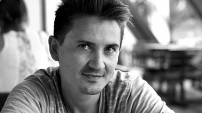 Vlad Tanasescu, genul de artist care iti spune ca de la desen pleaca totul