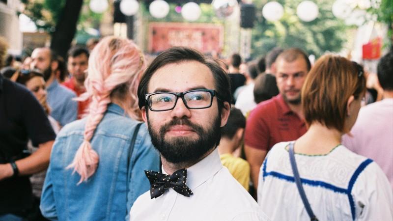 Alumn la Advice, blogger de povestiinta si omul cu clapele la Harlequin_Jack