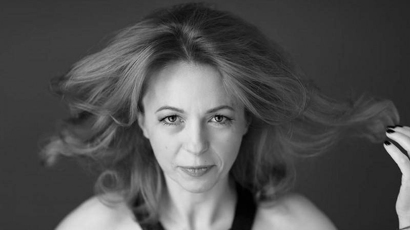 [Influenceri printre noi] Cristina Bazavan: Cu sinceritate, NU exista influenceri in Romania, exista tineri cu audienta in online