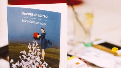 Ioana Cristina Casapu si romanul generatiei Y romanesti, despre apropiere autentica in vremea lui Tinder