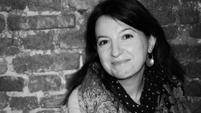 Ioana Baldea Constantinescu, despre radio, literatură și orașul care vorbește: Important e să nu rămâi nemuritor și rece în spatele unui microfon