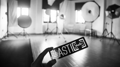 """Cu Elastic Man despre Elastic Studio: """"Brandurile noi recunosc importanța comunicării de calitate, dar alocă puține resurse pentru așa ceva la început de drum"""""""
