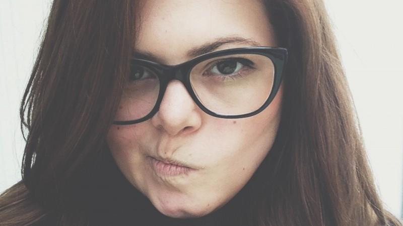 [Cu influencerii la client] Luana Roth (Kubis Interactive): Atentia la comunitate este mult mai mare; overbrandingul, nepotrivirea cu produsul si compromisurile pot starni reactii negative