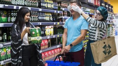 Staropramen si Mediascope creeaza mini-piese de teatru in hypermarket-uri