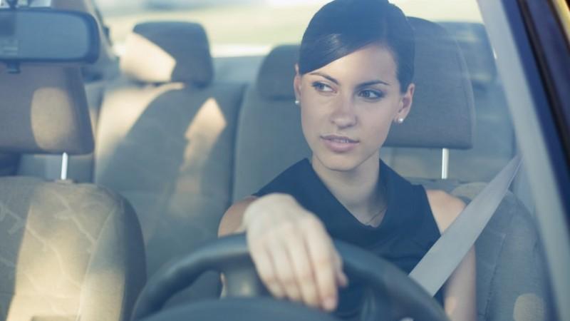 Studiu Business Lease: Femeile prefera masinile compacte-medii si SUV-urile
