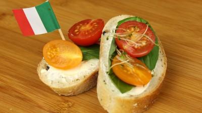 Hochland lanseaza Sandvis Fest, o noua sursa de inspiratie pentru sandvisuri delicioase