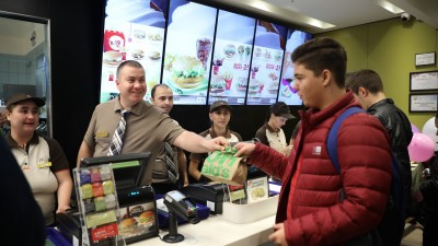 McDonald's deschide cel mai nou restaurant din Romania in Veranda Mall