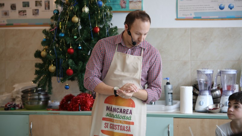 Drumul lui Alex Cirtu spre bucatarie: profesor - Masterchef - show culinar pe Youtube