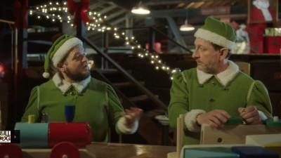 Bărbați sexy sau elfi timizi?