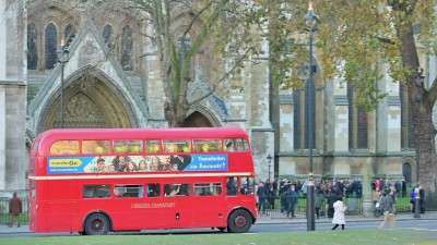 Romanii din Marea Britanie sarbatoresc Ziua Nationala a Romaniei alaturi de TransferGo.In pragul zilei de 1 decembrie zeci de romani din Londra au transferat bucurie celor din jur