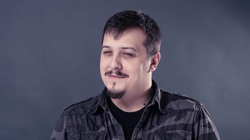 [Cine a furat Crăciunul] Daniel Hărmănescu (Centrade Cheil): Câțiva ani mergi pe distracție, apoi pe nostalgie, apoi pe familie, apoi pe prieteni și dup-aia cumva se ia totul de la capăt