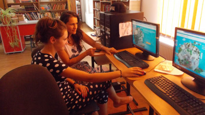 Aproape un milion de romani au urmat cursurile de educatie financiara BaniIQ si Banii pe Net