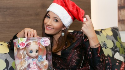 """Bloggerul Ela Craciun este """"Doamna Craciun"""" in campania retailerului de jucarii Maxi Toys"""