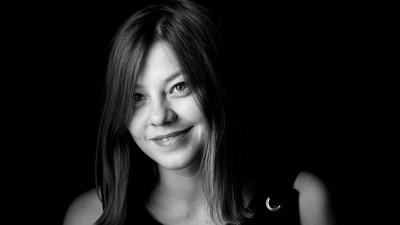 [Cine a furat Craciunul] Alina Varlanuta, Jazz: Nu ni-l confisca nimeni, cel mult il dam de bunavoie si nesiliti de nimeni excesului de culori, luminite si medicamente pentru bila