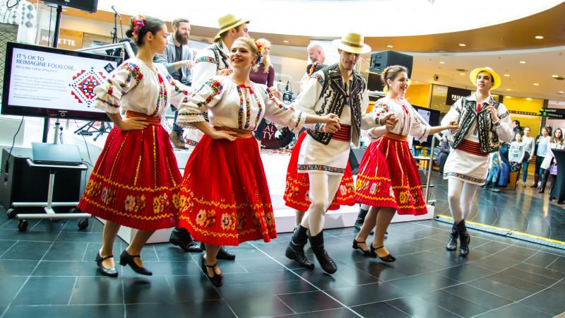 Băneasa Shopping City și FCB Bucharest invită copiii să reinventeze folclorul românesc prin imaginație și joacă