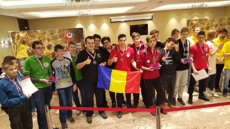 Cu #unpicdeajutor de la BRD, tinerii români creatori de roboţi au înregistrat o performanţă extraordinară la FTC Russia Open 2017