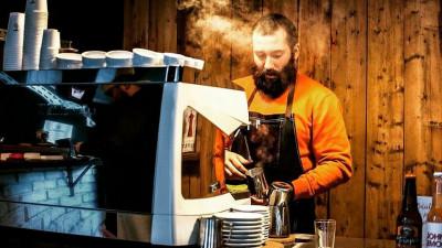 [Specialistii in cafea] T Zero. Cafeneaua unui corporatist care s-a saturat de rapoarte si Exceluri