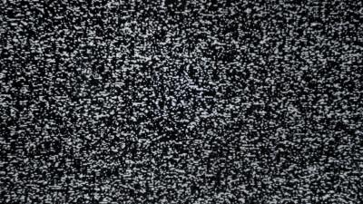 Dilema brandurilor față de televiziunile la care se promovează. Serialul continuă