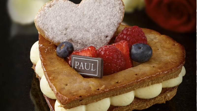 Brutariile Paul includ in meniu o colectie de deserturi dedicata lunii indragostitilor