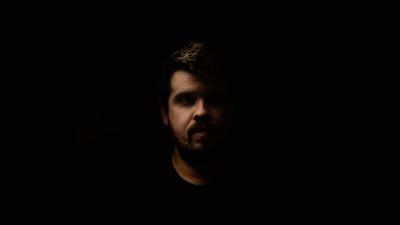 [Publicitar OST] Silviu Antohe (MullenLowe Romania): Imi place sa lucrez cu volumul suficient de tare cat sa aud colegii in jurul meu, dar sa nu inteleg ce zic