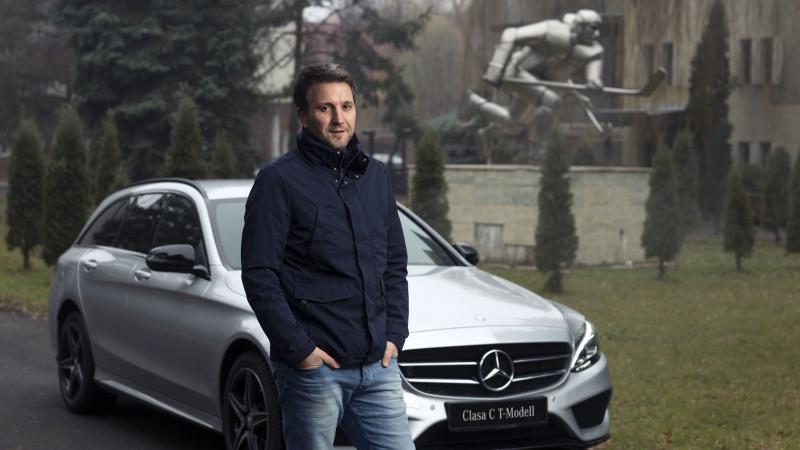 """Campanie de brand Mercedes-Benz cu Andreea Esca, Camelia Potec, Andi Moisescu si Catalin Stefanescu. Mercedes-Benz Romania te invita """"Pe urmele celor mai buni"""""""