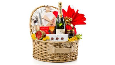 Cadouri de Paște cu beneficii fiscale de la GourmetGift.ro