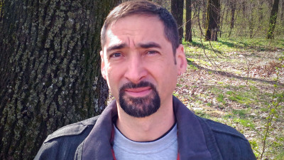 [Scriitorii de TV] Adi Butoi, despre primul scenariu: La studiourile MediaPro din Buftea n-am reușit nici măcar să trecem de poartă, așa că am sărit gardul