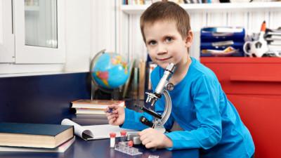 Schimbarea metodei de predare în școli poate duce la o creștere de peste 200% din PIB-ul actual