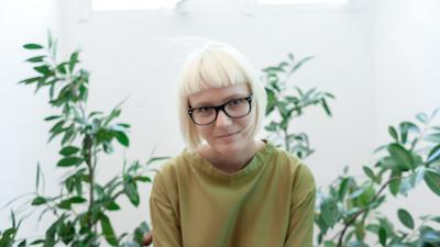 [Un brand pentru Bucuresti] Laura Ristea: As merge pe forfota asta umana post-comunista. E cam gri si murdarel, dar macar e viu, traieste