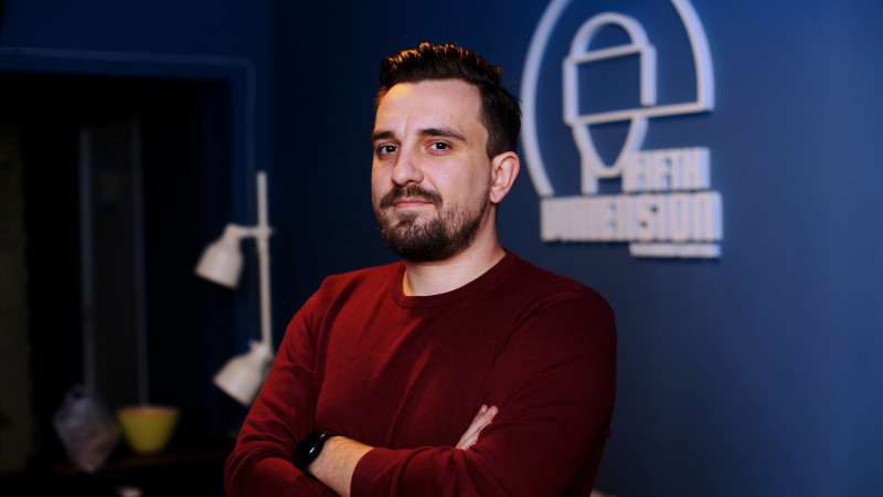 [Scapa cine poate] Alexandru Petre: Ne pregatim sa lansam brandul Fifth Dimension pentru francizare nu doar in Romania, ci si in afara