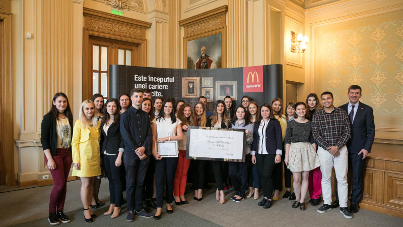 27 de angajați studenți au fost premiați la cea de a 11-a ediție e Burselor McDonald's