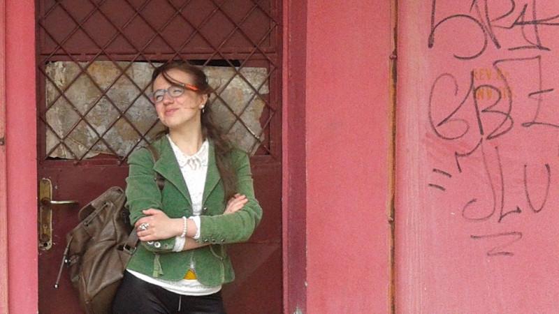 [Pauza de poezie] Cosmina Moroșan: Poeții nu-s deloc PRi îndârjiți, ba mai mult - după publicare cred că nu-i interesează foarte mult să se promoveze